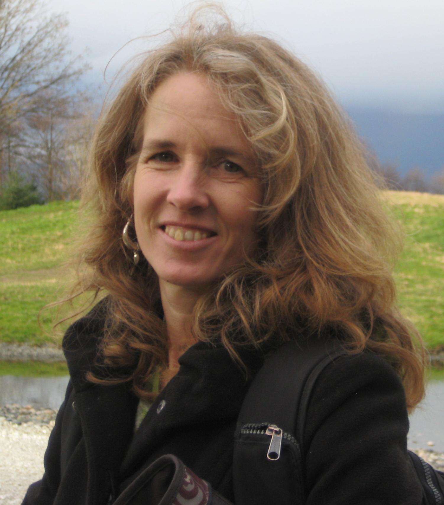 Dr. Marion Benz