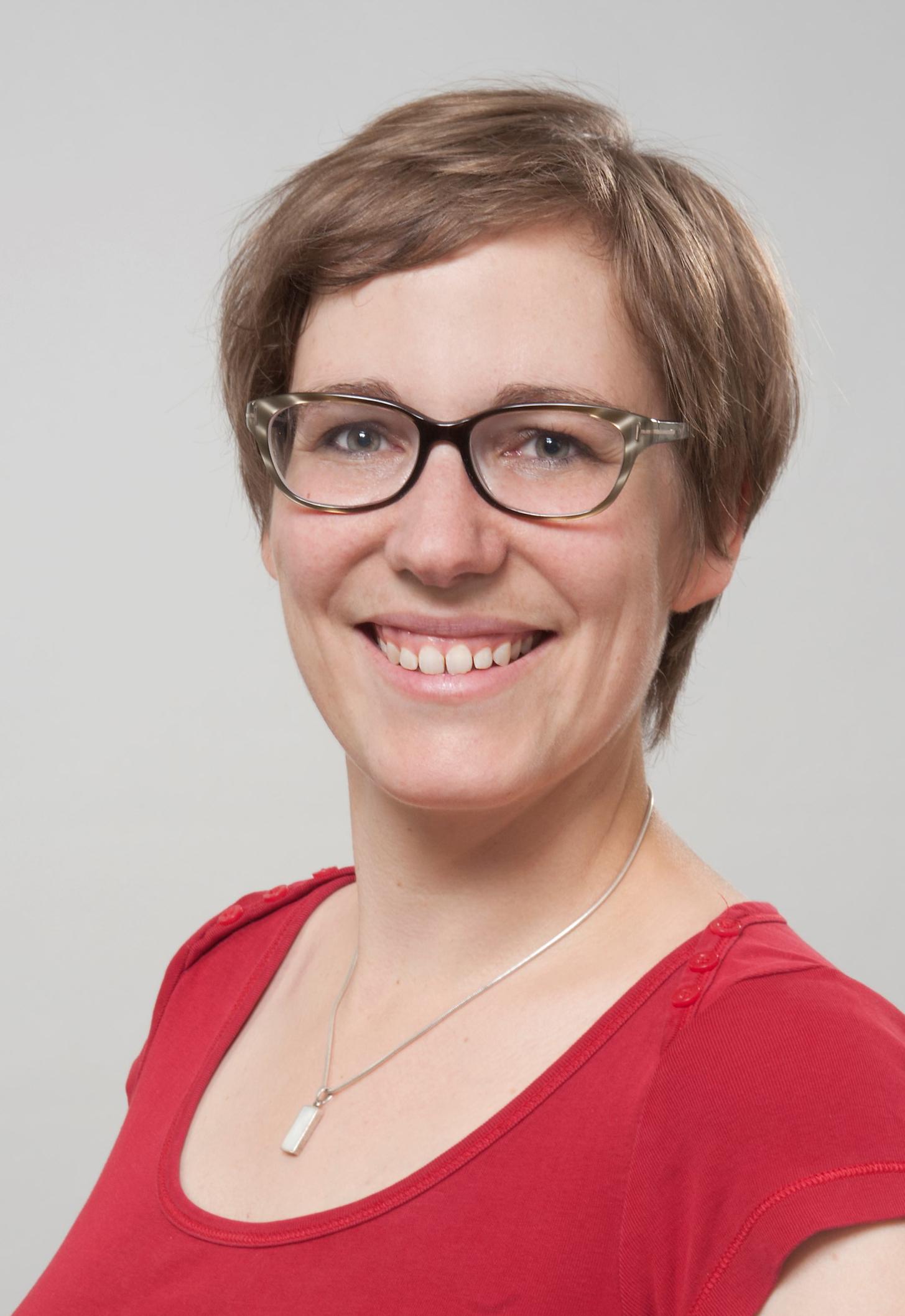 Dr. des. Susanne Rutishauser